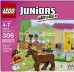 LEGO JUNIORS Pony Farm 10674